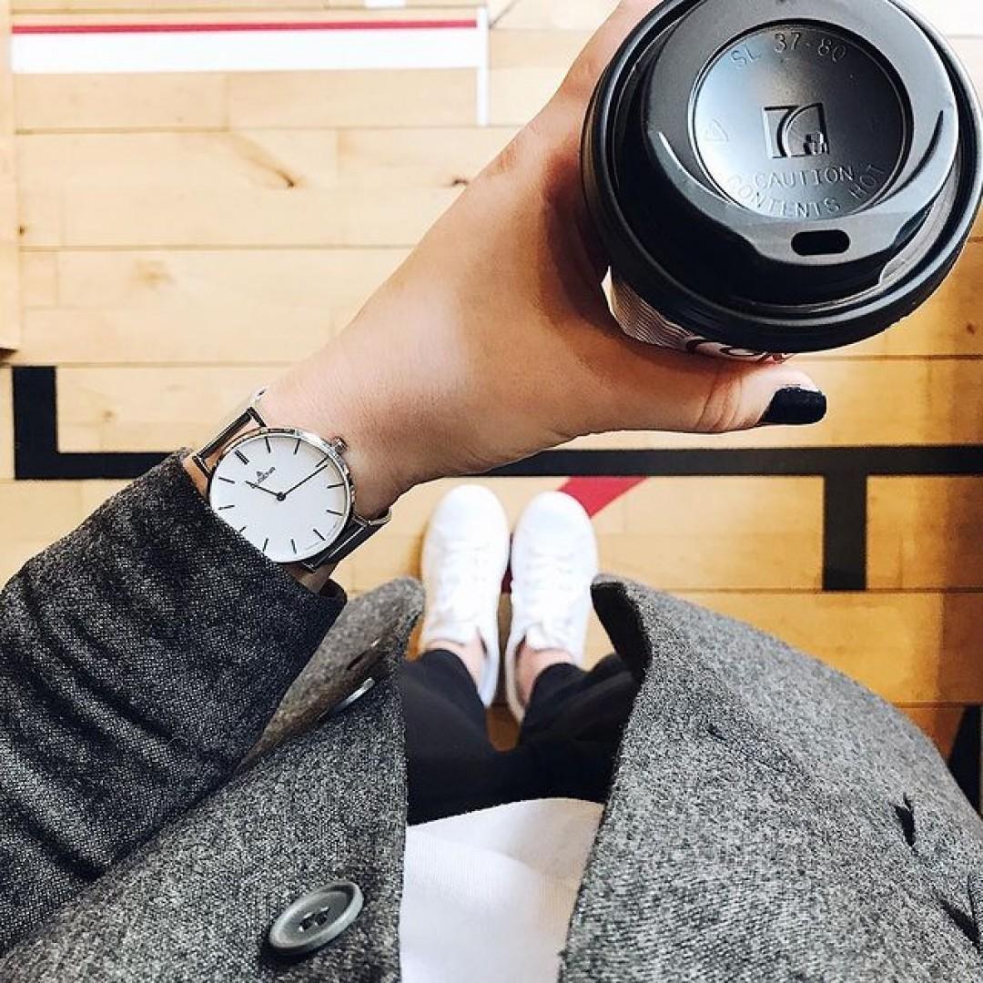 2018 - erstmal ein Kaffee mit unserer Linée in Silber ☕️