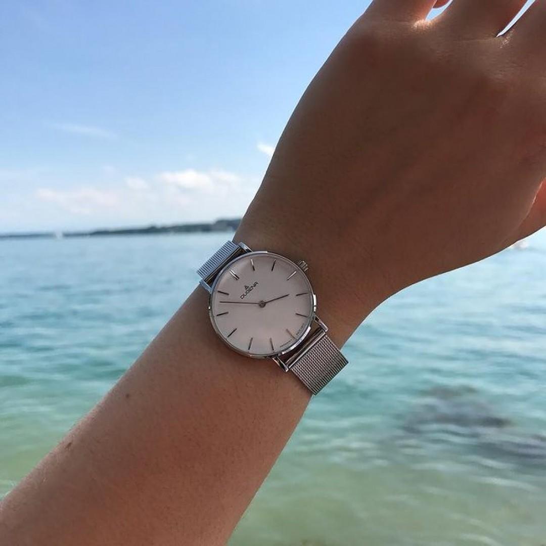 Mit unserer Linée Milanaise in Silber machen wir den Sommer unendlich! ☀️ #dugena #dugenawatch #100JahreDugena #DugenaUhr #watchlove #timepiece #instawatch #uhren #watchoftheday #germanwatch  #watchlover #wotd #potd  #100years #urbanchic #watchstyle #watchtrend  #watchgram