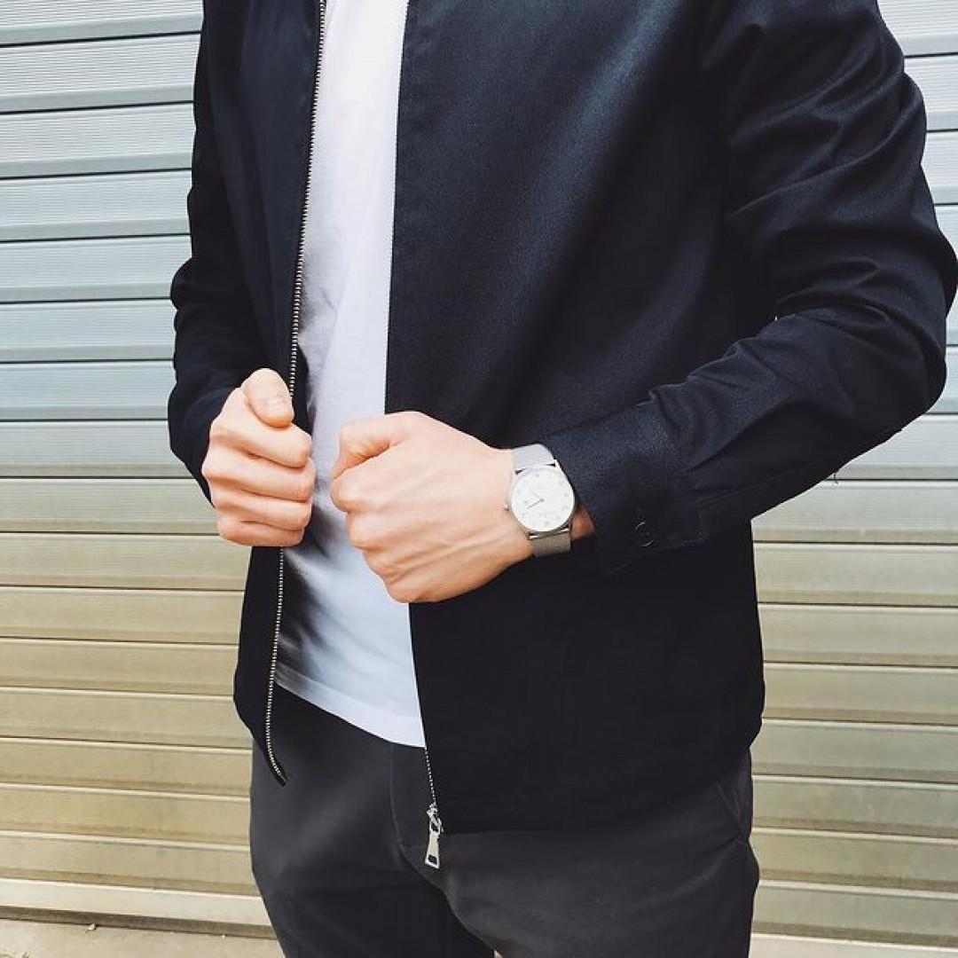 Eine Uhr ist ein Muss für jeden Mann!  #dugena #dugenawatch #100JahreDugena #DugenaUhr #watchlove #timepiece #instawatch #uhren #watchoftheday #germanwatch  #watchlover #wotd #potd  #100years #urbanchic #watchstyle #watchtrend  #watchgram #DugenaModenaXL