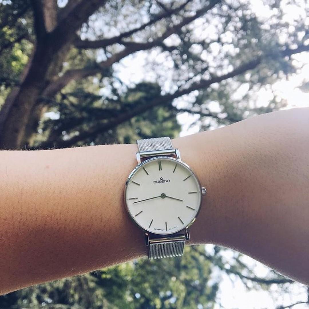 Linée - eine Uhr für den perfekten Tag! #dugena #dugenawatch #100JahreDugena #DugenaUhr #watchlove #timepiece #instawatch #uhren #watchoftheday #germanwatch  #watchlover #wotd #potd  #100years #urbanchic #watchstyle #watchtrend  #watchgram #dugenalinee