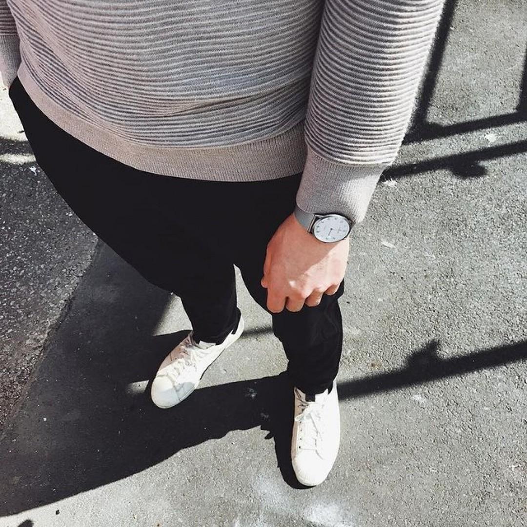 Wir wissen, was Dein Streetstyle braucht - die Dugena Modena XL Titan!  #dugena #dugenawatch #100JahreDugena #DugenaUhr #watchlove #timepiece #instawatch #uhren #watchoftheday #germanwatch #watchlover #wotd #potd #100years #urbanchic #watchstyle #watchtrend #watchgram #dugenatresor #menstyle #menfashion #ootd #DugenaModenaXL