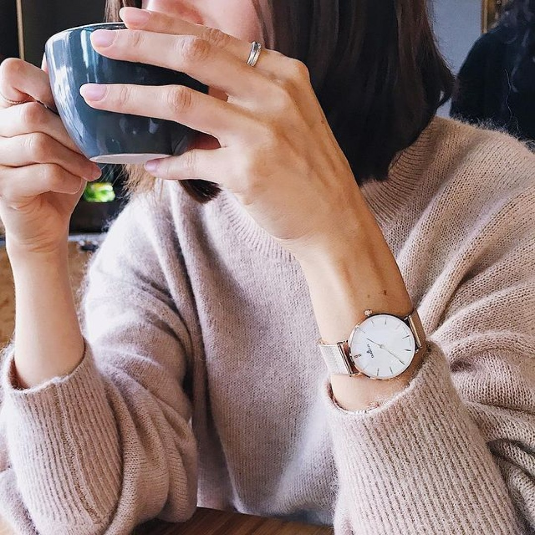 Cozy saturday with our Linée in rosegold 😻