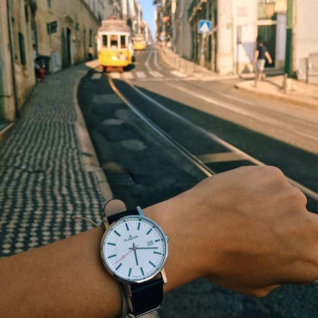 Oder doch lieber ein Kurztrip nach Lissabon?  #dugena #dugenawatch #100JahreDugena #DugenaUhr #watchlove #timepiece #instawatch #uhren #watchoftheday #germanwatch #watchlover #wotd #potd #100years #instatravel #watchstyle #watchtrend #watchgram #dugenaontour #dugenamoma