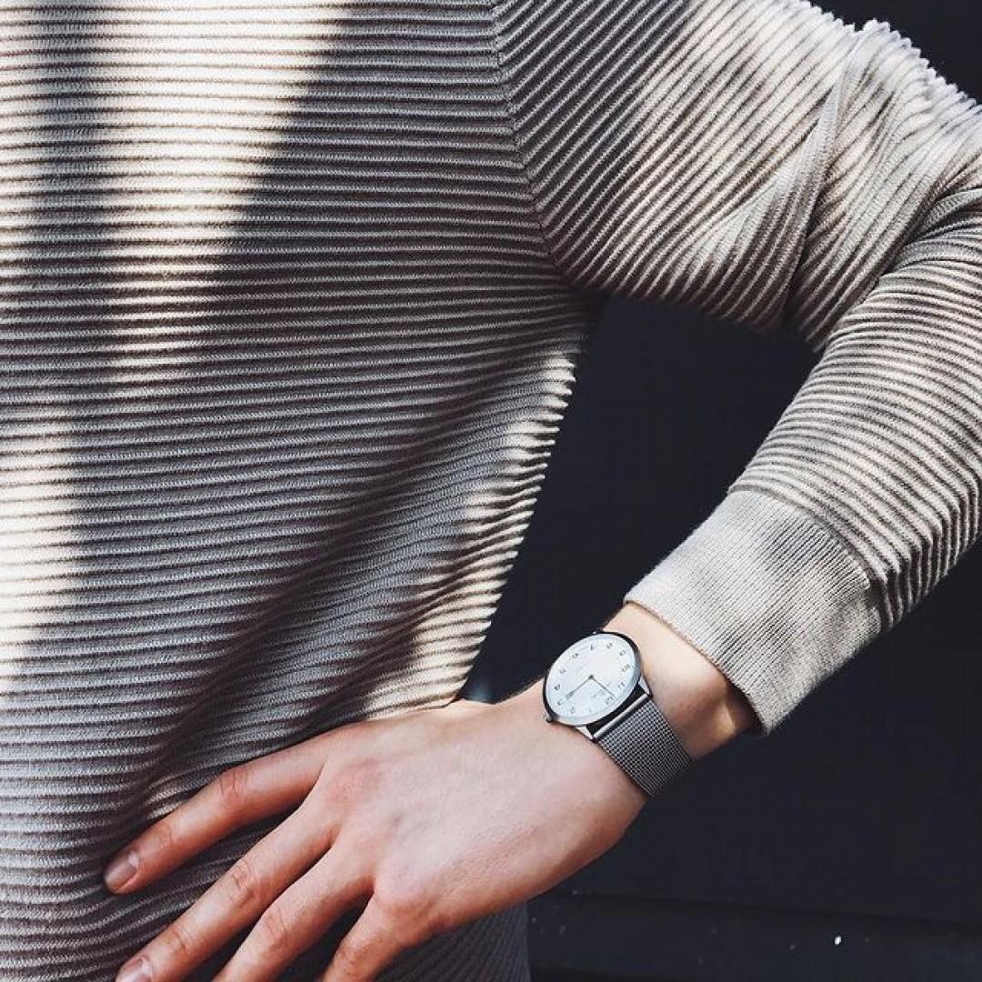 Titan: leicht, robust und angenehmer Tragekomfort. Ideal für jedermann!  #dugena #dugenawatch #100JahreDugena #DugenaUhr #watchlove #timepiece #instawatch #uhren #watchoftheday #germanwatch  #watchlover #wotd #potd  #100years #urbanchic #watchstyle #watchtrend  #watchgram #DugenaModenaXL