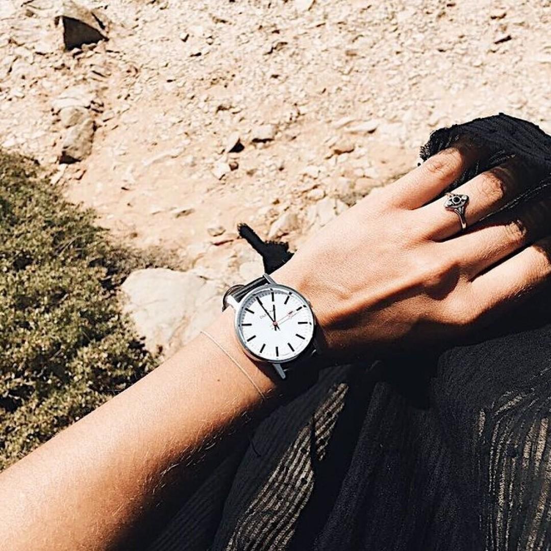 Auch unsere Moma war im Urlaub - wo geht eure nächste Reise hin? 🧐 #dugena  #timepiece #instawatch #uhren #watchoftheday #germanwatch #watchlover #watchstyle #watchtrend #vacation #dugenaontour #moma